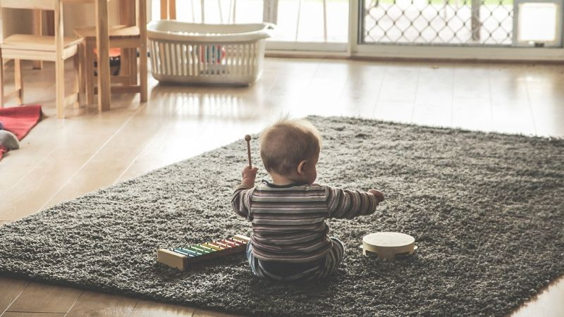 20 Developmentally-Appropriate Activities for 6-9 Month Olds